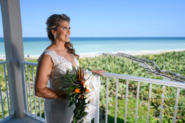 Amazing Wedding Pictures taken at Hutchinson Island Marriott in Stuart  Florida.